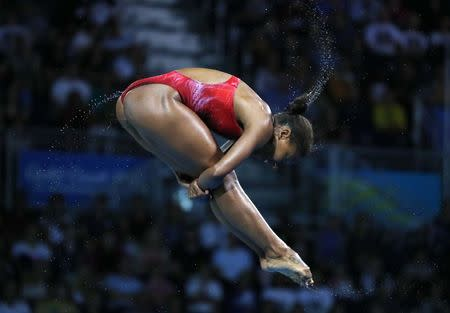 Diving - Gold Coast 2018 Commonwealth Games - Women's 3m Springboard Final - Optus Aquatic Centre - Gold Coast, Australia - April 14, 2018. Jennifer Abel of Canada in action. REUTERS/David Gray
