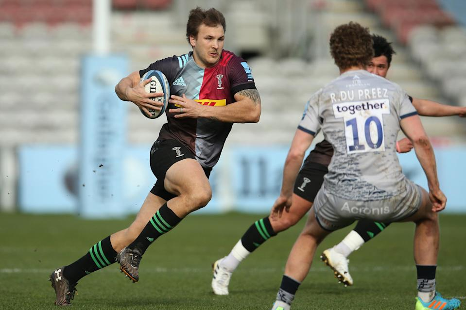 Andre Esterhuizen on the charge (Getty Images for Harlequins)