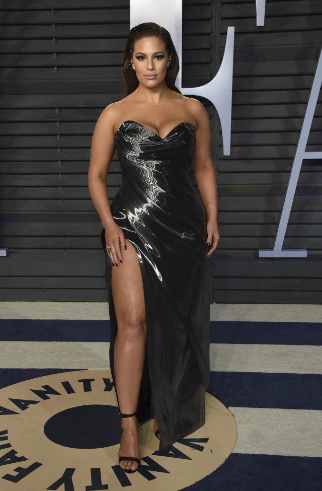 Ashley Graham arrives at the Vanity Fair Oscar Party on Sunday, March 4, 2018, in Beverly Hills, Calif. (Photo by Evan Agostini/Invision/AP)