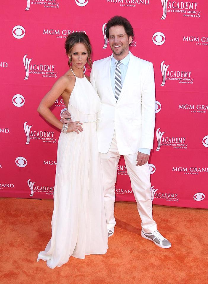 "Although Jennifer Love Hewitt and her ""Ghost Whisperer"" costar Jamie Kennedy aren't planning to walk down the aisle anytime soon, the actress hopes to be engaged to the comedian by this time next year! Jason Merritt/<a href=""http://www.gettyimages.com/"" target=""new"">GettyImages.com</a> - April 5, 2009"