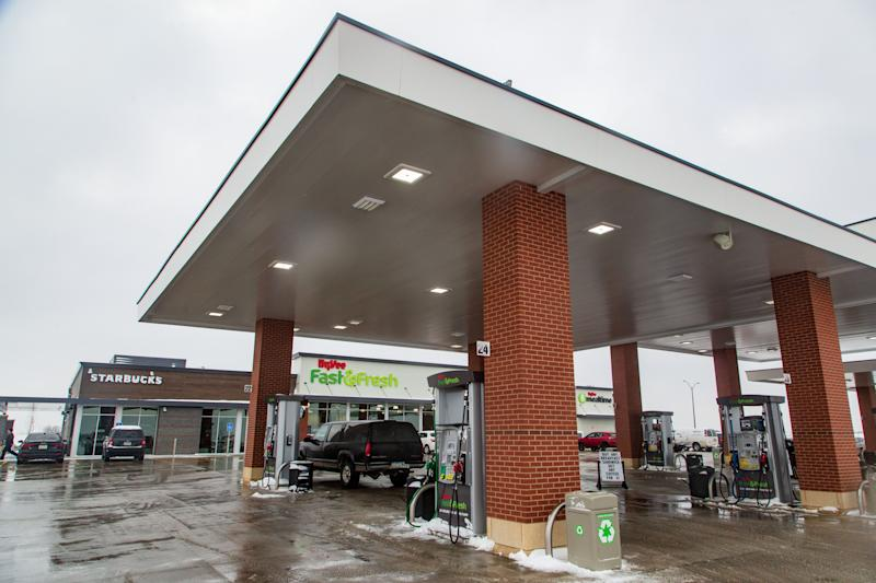 The new Hy-Vee Fast and Fresh combination gas and grocery store in Altoona Tuesday, Feb. 12, 2019.