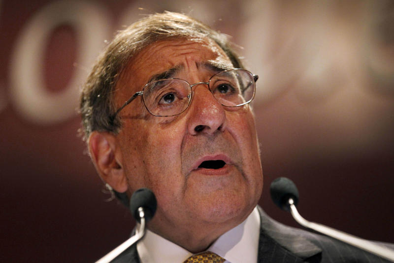 "U.S. Defense Secretary Leon Panetta delivers his speech on the "" US Rebalance Towards The Asia Pacific"" at the IISS Shangri-la Security Summit on Saturday June 2, 2012 in Singapore.(AP Photo/Wong Maye-E)"
