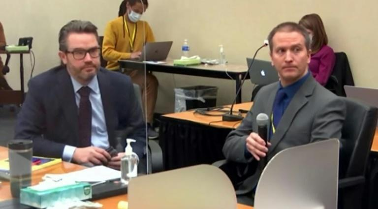 Derek Chauvin (R) addresses the court in this screenshot from Court TV