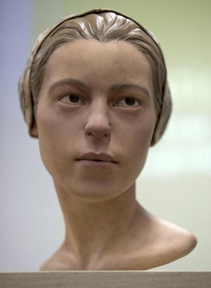 "A facial reconstruction of ""Jane of Jamestown"" is seen during a news conference at the Smithsonian's National Museum of Natural History in Washington, Wednesday, May 1, 2013. Scientists announced during the news conference that they have found the first solid archaeological evidence that some of the earliest American colonists at Jamestown, Va., survived harsh conditions by turning to cannibalism presenting the discovery of the bones of a 14-year-old girl, ""Jane"" that show clear signs that she was cannibalized. (AP Photo/Carolyn Kaster)"