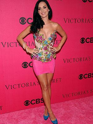 <p>Singer Katy Perry arrives for the 2010 Victoria's Secret Fashion Show. The newly married star was chosen to open the spectacular show.</p>