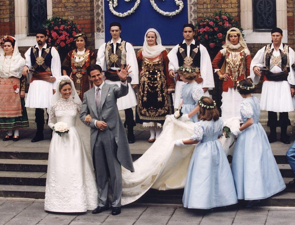 <p>Marie-Chantal Miller married The Crown Prince of Greece, Prince Pavlos, in a pearl encrusted ivory silk gown by Valentino. </p>