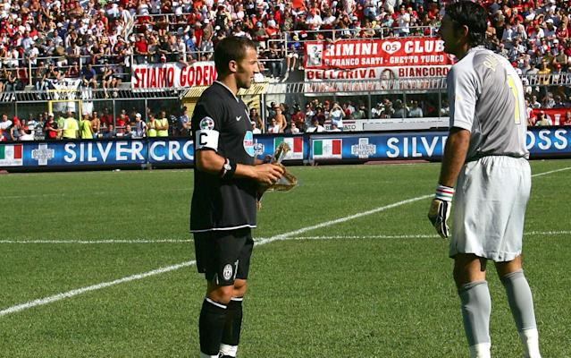 <span>Alessandro Del Piero and Gianluigi Buffon speak before Juve's first Italian Serie B match against Rimini in 2006</span>