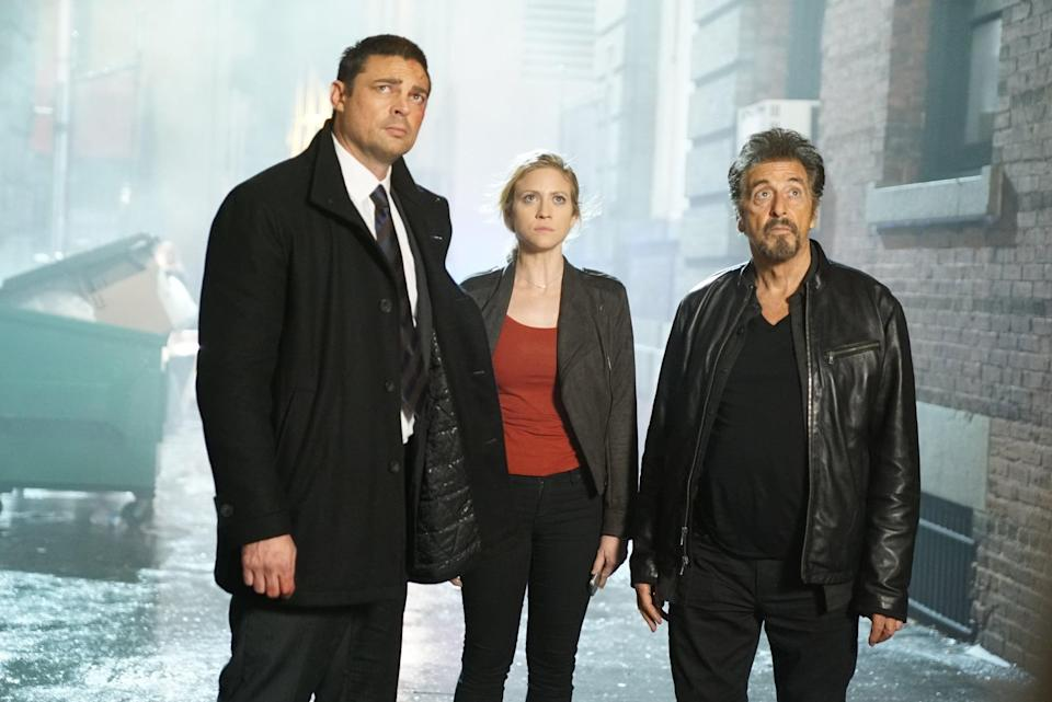 "<p><a class=""link rapid-noclick-resp"" href=""https://www.popsugar.com/Al-Pacino"" rel=""nofollow noopener"" target=""_blank"" data-ylk=""slk:Al Pacino"">Al Pacino</a>, Karl Urban, and <a class=""link rapid-noclick-resp"" href=""https://www.popsugar.com/Brittany-Snow"" rel=""nofollow noopener"" target=""_blank"" data-ylk=""slk:Brittany Snow"">Brittany Snow</a> star in this movie as a trio who are on the hunt to bring down a serial killer whose crimes are based on the game Hangman.</p> <p><a href=""https://www.netflix.com/search?q=Hangman&jbv=80204395"" class=""link rapid-noclick-resp"" rel=""nofollow noopener"" target=""_blank"" data-ylk=""slk:Watch Hangman on Netflix now."">Watch <strong>Hangman</strong> on Netflix now.</a></p>"