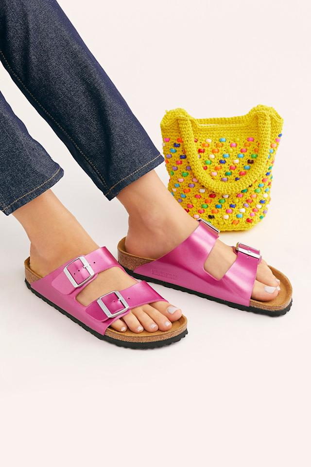 """<p>Add some flair to your look with these fun <a href=""""https://www.popsugar.com/buy/Arizona-Metallic-Birkenstocks-546012?p_name=Arizona%20Metallic%20Birkenstocks&retailer=freepeople.com&pid=546012&price=100&evar1=fab%3Aus&evar9=45713473&evar98=https%3A%2F%2Fwww.popsugar.com%2Ffashion%2Fphoto-gallery%2F45713473%2Fimage%2F47191935%2FArizona-Metallic-Birkenstocks&list1=shopping%2Ctravel%2Csummer%20travel%2Ctravel%20style%2Cspring%20fashion%2Csummer%20fashion&prop13=api&pdata=1"""" rel=""""nofollow"""" data-shoppable-link=""""1"""" target=""""_blank"""" class=""""ga-track"""" data-ga-category=""""Related"""" data-ga-label=""""https://www.freepeople.com/shop/arizona-metallic-birkenstocks/?category=SEARCHRESULTS&amp;color=066"""" data-ga-action=""""In-Line Links"""">Arizona Metallic Birkenstocks</a> ($100).</p>"""