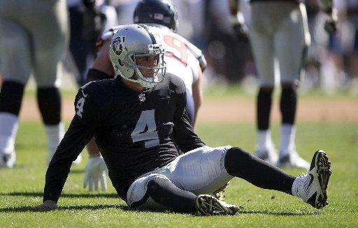 What we learned Thursday at Raiders HQ: Derek Carr, Greg Olson know the feeling of being 0-9