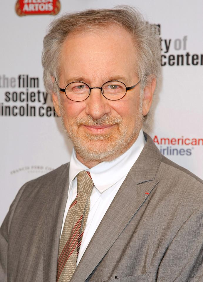 "<a href=""http://movies.yahoo.com/movie/contributor/1800010823"">Steven Spielberg</a> at the 36th Film Society Of Lincoln Center's Gala tribute honoring Tom Hanks - 04/27/2009"