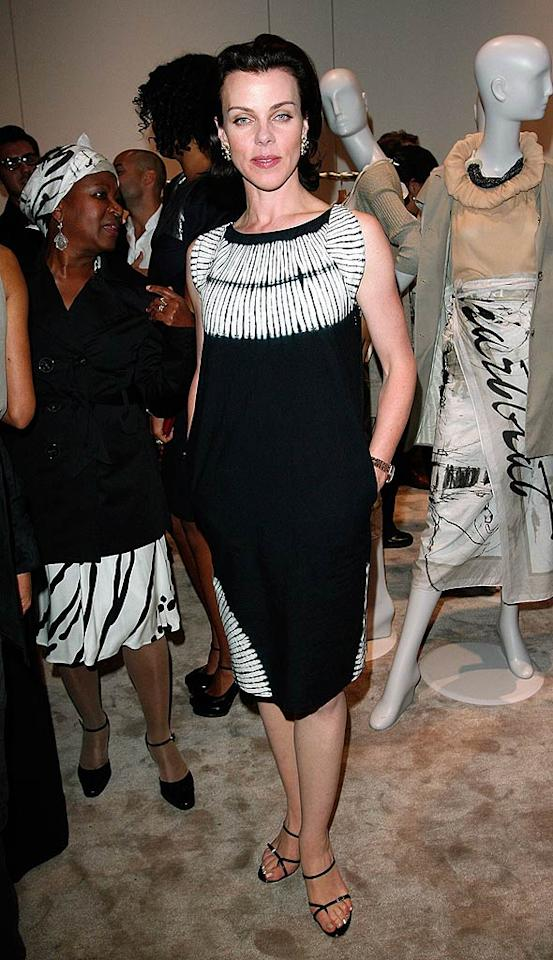 """Entourage"" co star Debi Mazar poses in a simple, black-and-white pocketed frock. Donato Sardella/<a href=""http://www.wireimage.com"" target=""new"">WireImage.com</a> - April 9, 2008"