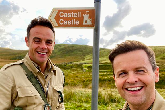 Hosts Ant and Dec pose together ahead of the show launch (@antanddec)