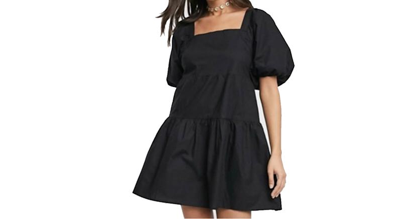 Influence of puffed sleeves of mini tiered neck tiered black tiered