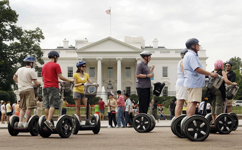 Go City is offering tourists and sightseers up to 15% city attraction passes. (AP Photo/Ron Edmonds)