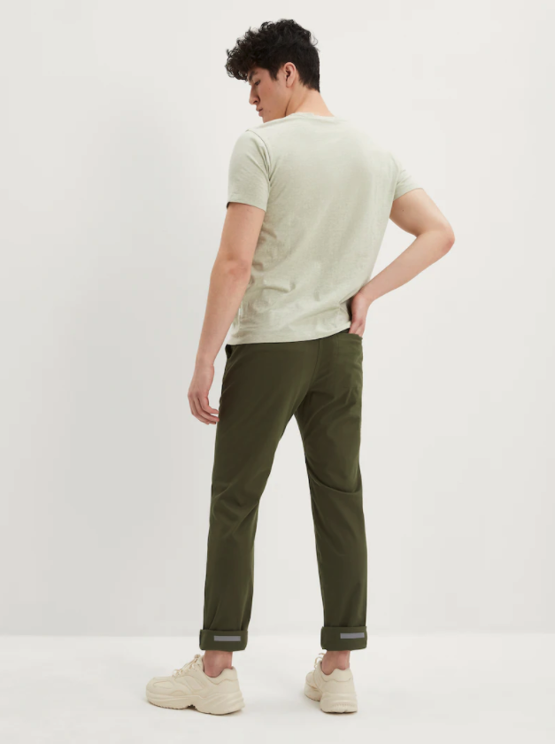 The Commuter Stretch Pant. Image via Frank And Oak.