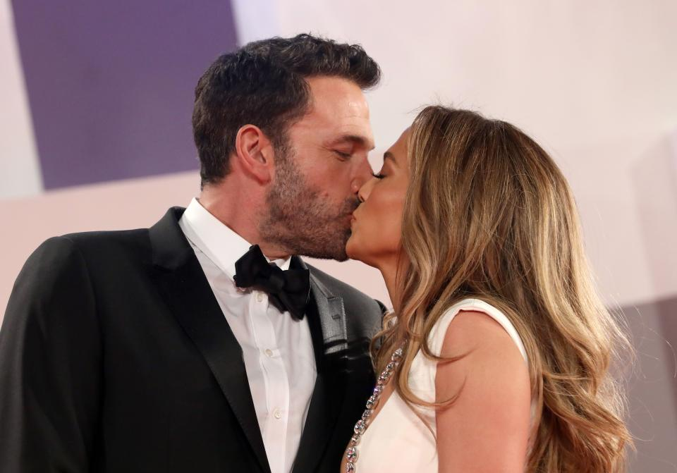 VENICE, ITALY - SEPTEMBER 10:  Ben Affleck and Jennifer Lopez attend the red carpet of the movie