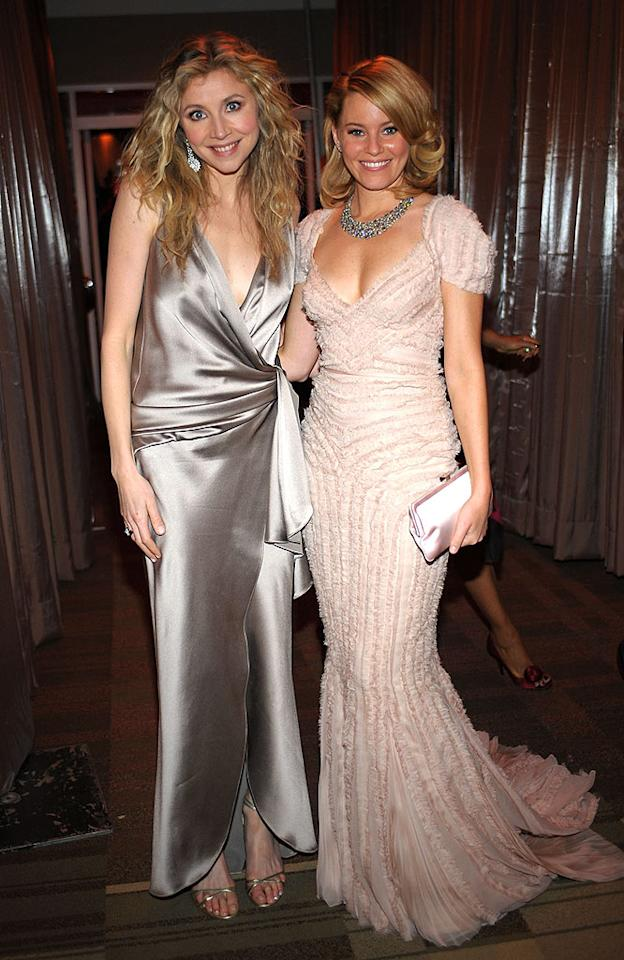 """Sarah Chalke should've gotten hair tips from the perfectly coiffed Elizabeth Banks. Stefanie Kennan/<a href=""""http://www.gettyimages.com/"""" target=""""new"""">GettyImages.com</a> - January 1, 2009"""