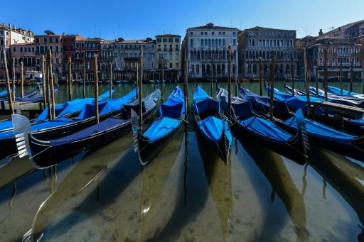 A lockdown in Italy has seen the canals of Venice run clear, thanks to the absence of tourists and travellers