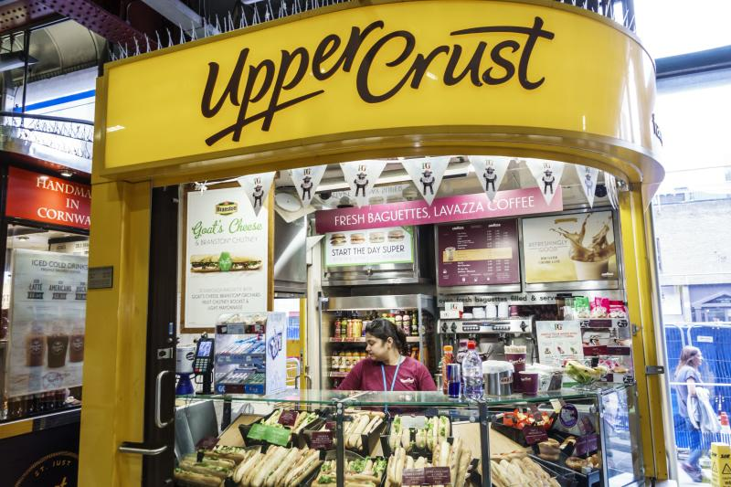 London, Waterloo Station, Upper Crust, sandwich shop, kiosk. (Photo by: Jeffrey Greenberg/Universal Images Group via Getty Images)
