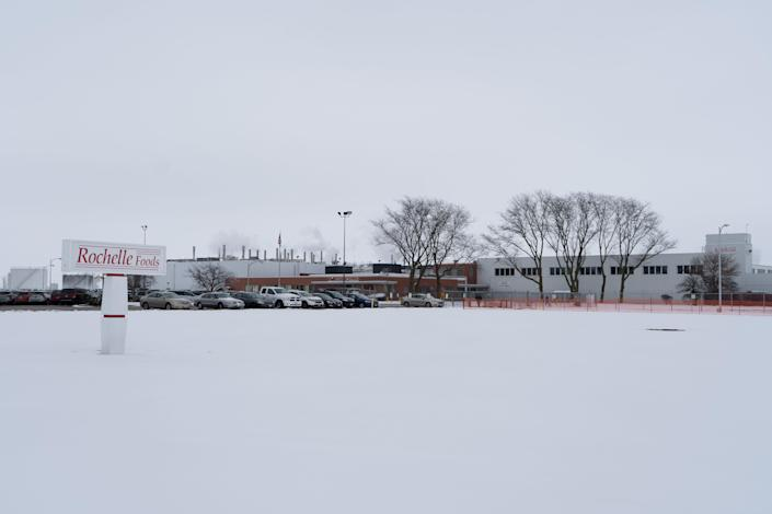 The 400,000-square-foot Rochelle Foods plant, located at 1001 S Main St, has around 900 employees and is Rochelle is the city of Rochelle's largest employer.