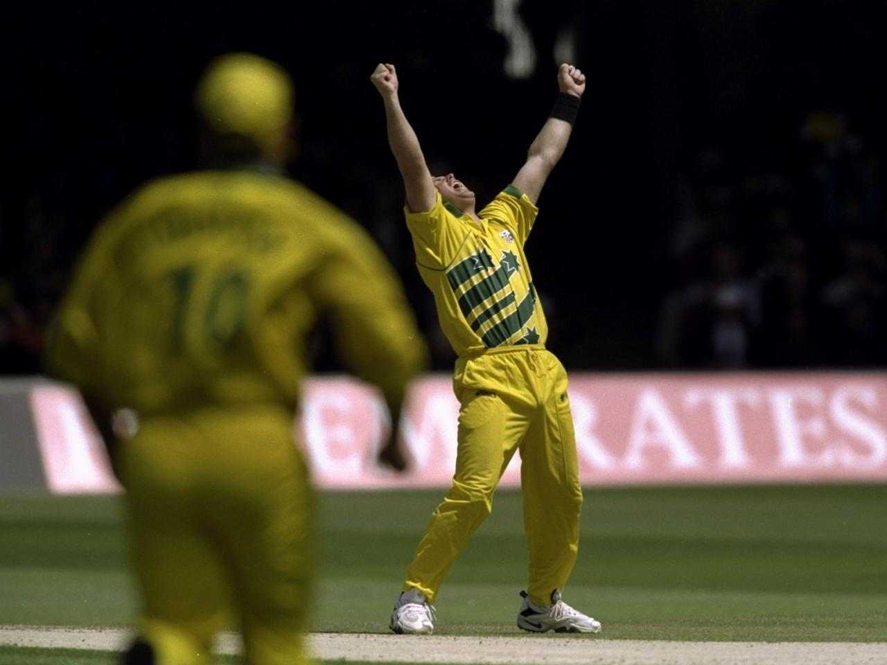 20 Jun 1999:  Shane Warne of Australia celebrates a Pakistan wicket in the Cricket World Cup Final at Lord's in London. Warne took 4 for 33 as Australia won by 8 wickets. \ Mandatory Credit: Clive Mason /Allsport