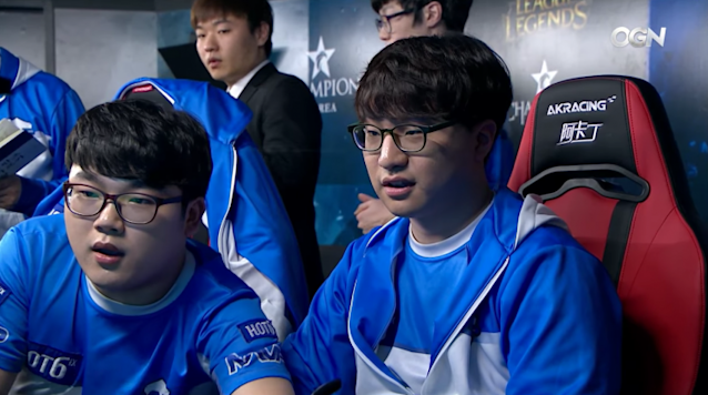 """MVP AD carry Oh """"MaHa"""" Hyun-sik and support Jeong """"Max"""" Jong-bin (Twitch/OnGameNet)"""