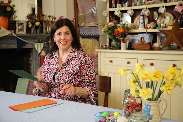 Kirstie Allsopp's new show 'Keep Crafting And Carry On' offers ideas to keep busy and be creative during lockdown. (Channel 4)
