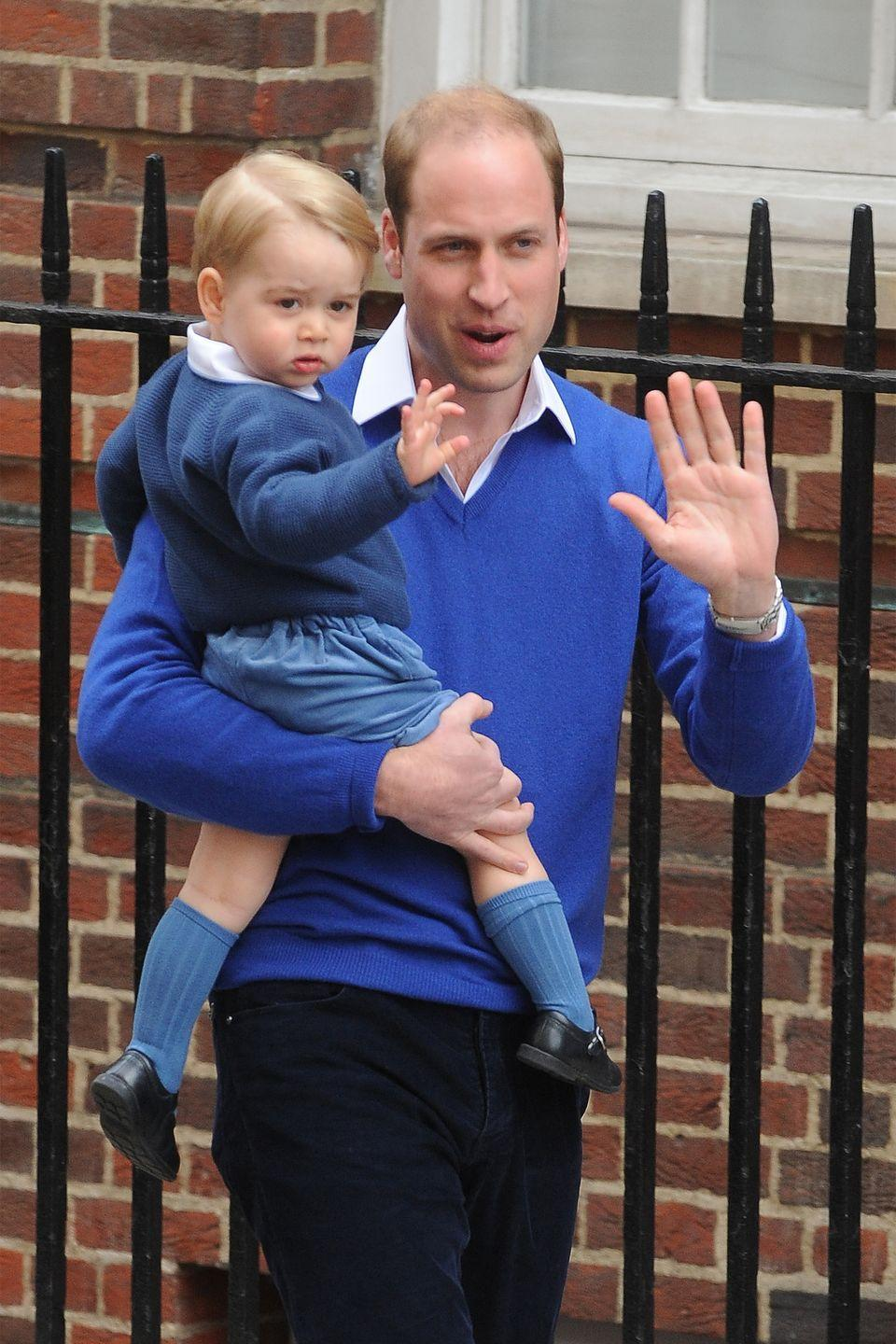 <p>The Duke of Cambridge arrives with Prince George at the Lindo Wing of St. Mary's Hospital to welcome newly-born Princess Charlotte.</p>