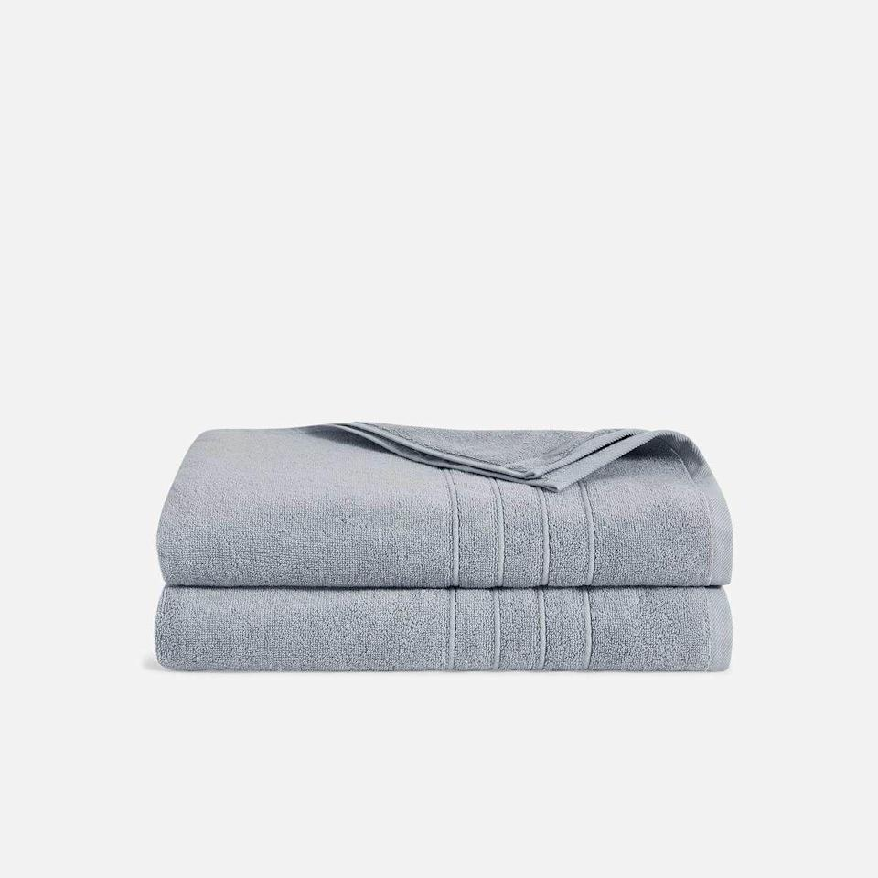 "<p><strong>Brooklinen</strong></p><p>brooklinen.com</p><p><a href=""https://go.redirectingat.com?id=74968X1596630&url=https%3A%2F%2Fwww.brooklinen.com%2Fproducts%2Fclassic-bath-sheet-bundle&sref=https%3A%2F%2Fwww.goodhousekeeping.com%2Fhome-products%2Fg33088132%2Fbrooklinens-4th-of-july-sale-starts-now%2F"" rel=""nofollow noopener"" target=""_blank"" data-ylk=""slk:SHOP NOW"" class=""link rapid-noclick-resp"">SHOP NOW</a></p><p><del>$79</del><strong><br>$59.76</strong></p><p>Go ahead, give your bathroom the Brooklinen treatment by picking up these incredibly absorbent towels. </p>"