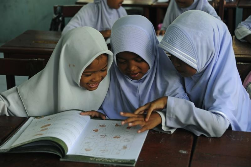 The Education Ministry said the introductory lessons will stay in vernacular schools, but only with the consent of students and each school's Parent Teacher Association. — AFP pic