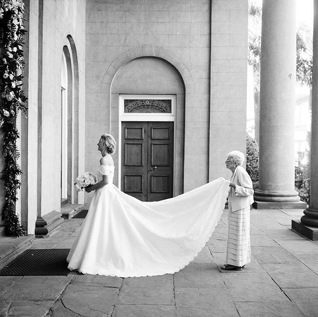 """Jean """"G"""" Altman, right, grandmother of bride Lenore Cusick, requested this special photo be snapped. (Photo: Virgil Bunao/VirgilBunao.com)"""