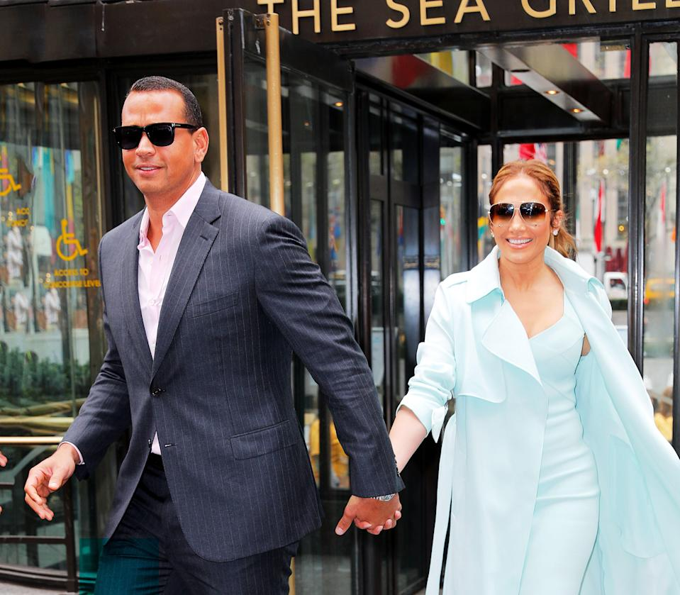 "<h1 class=""title"">Alex Rodriguez and Jennifer Lopez</h1><cite class=""credit"">Gotham/Getty Images</cite>"
