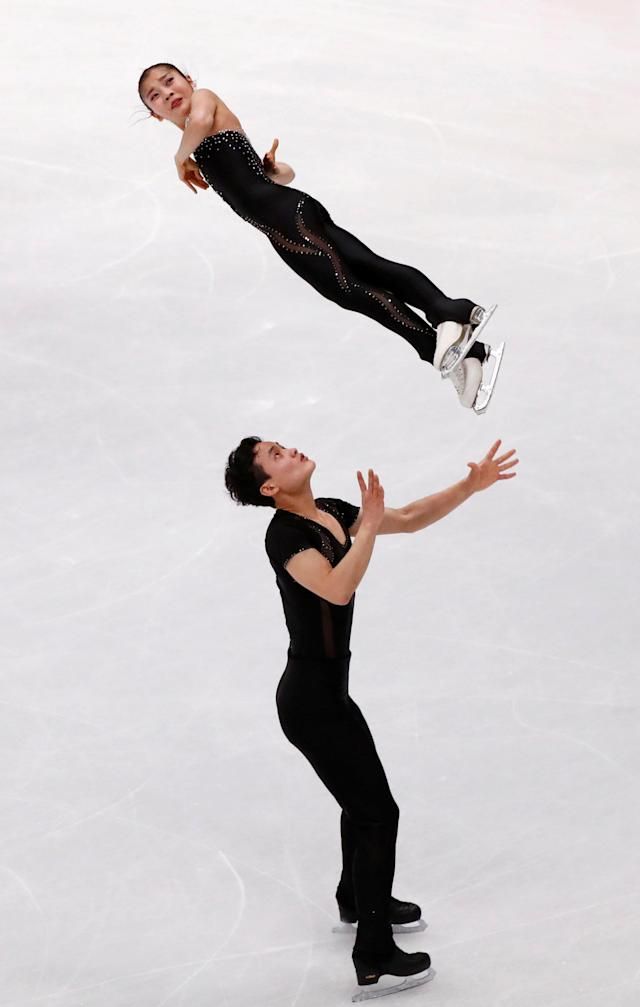 Figure Skating - World Figure Skating Championships - The Mediolanum Forum, Milan, Italy - March 22, 2018 North Korea's Ryom Tae-ok and Kim Ju-sik during the Pairs Free Skating REUTERS/Alessandro Garofalo TPX IMAGES OF THE DAY