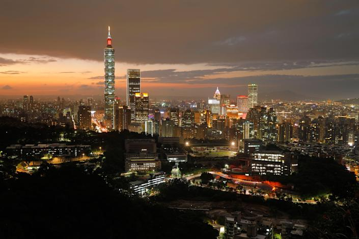 File Photo: This photo taken on November 5, 2018 shows the Taipei skyline at sunset. (Photo: DANIEL SHIH/AFP via Getty Images)