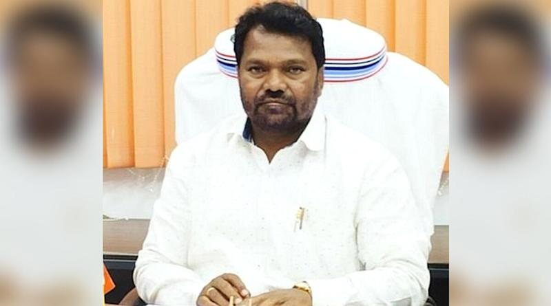 Jharkhand Education Minister Jargarnath Mahto Pays Granddaughter's Fees After Her Name Gets 'Struck Off' by Private School