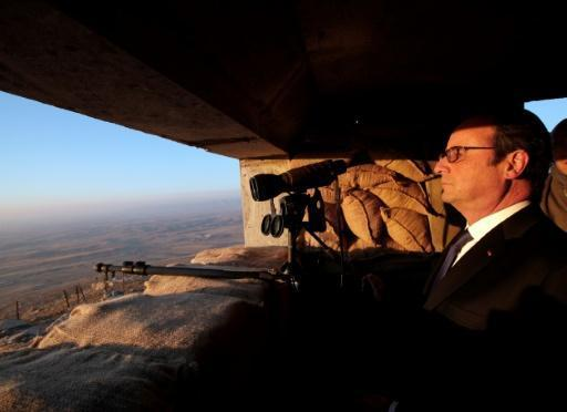In Iraq, Hollande says IS battle prevents attacks at home