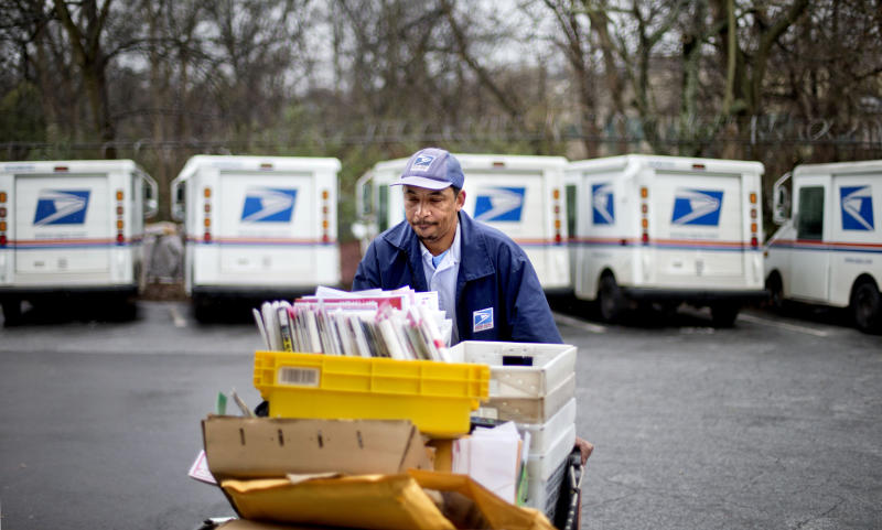Post office retreats on eliminating Saturday mail