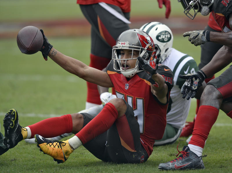 Bucs' Grimes: I wasn't paid enough to cover top WRs