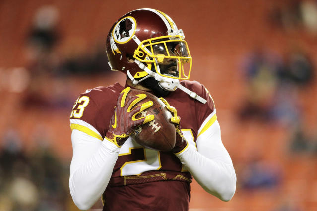 """<a class=""""link rapid-noclick-resp"""" href=""""/nfl/teams/was"""" data-ylk=""""slk:Washington Redskins"""">Washington Redskins</a> strong safety DeAngelo Hall reportedly retired on Monday. But on Monday night, the Redskins tweeted that he hasn't """"officially decided to retire."""" (AP Photo/Mark Tenally)"""