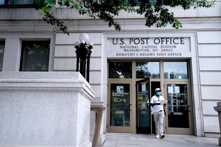 USPS Headquarters As Trump Ties Postal Service Funding To Vote-by-Mail (Erin Scott / Bloomberg via Getty Images)