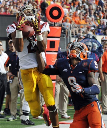 Barkley, No. 2 USC shake Syracuse 42-29