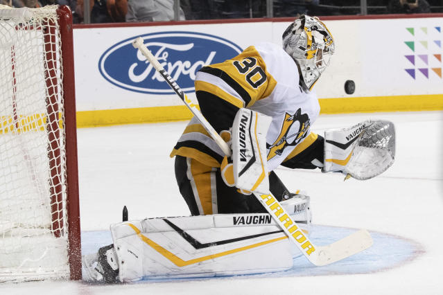 Pittsburgh Penguins goaltender Matt Murray makes a save against the New York Islanders during the second period of an NHL hockey game Thursday, Nov. 7, 2019, in New York. (AP Photo/Mary Altaffer)