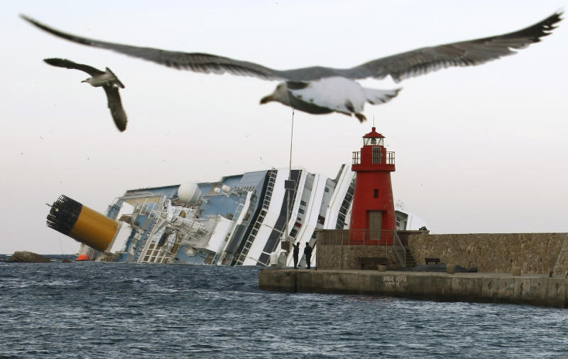 Survivors still suffering after Concordia disaster