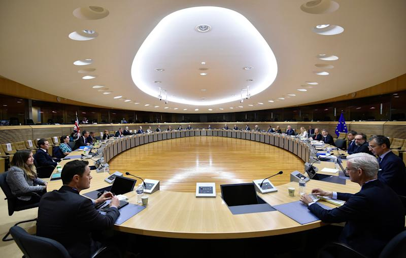 Barnier and Frost attend a meeting with their delegations on further Brexit negotiations at EU headquarters in Brussels, June 29 (Photo: ASSOCIATED PRESS)