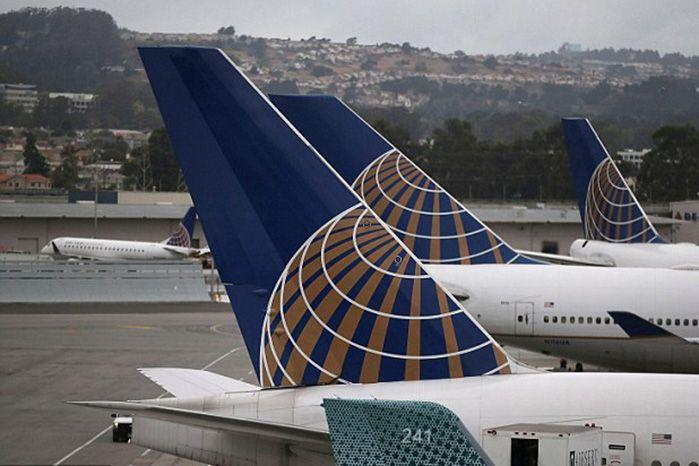 United Airlines found itself at the center of a social media storm after it barred two girls from boarding a flight in Denver because they were wearing leggings.