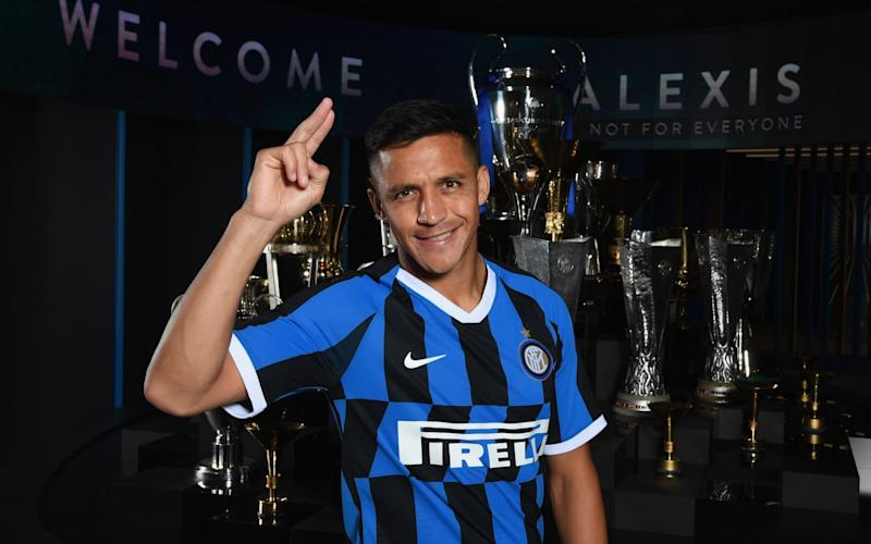 Alexis Sanchez has only started three games for Inter Milan this season but his team-mate's want his loan move to be made permanent - FC Internazionale
