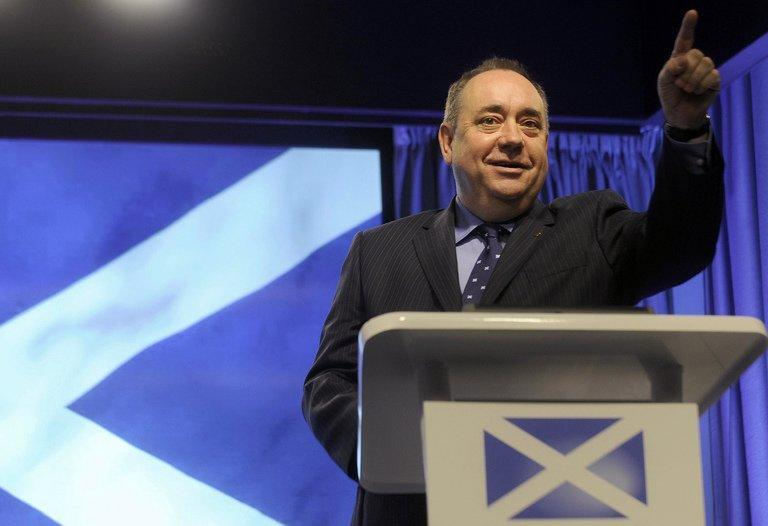 Scotland's First Minister Alex Salmond gestures during a press conference in St Andrews House in Edinburgh on October 15, 2012. Salmond said on Thursday that Scots will vote in a referendum on whether the country should become independent on September 18, 2014