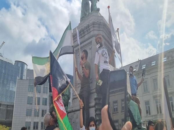 Brussels: Afghan diaspora protest against Taliban takeover and Pakistan