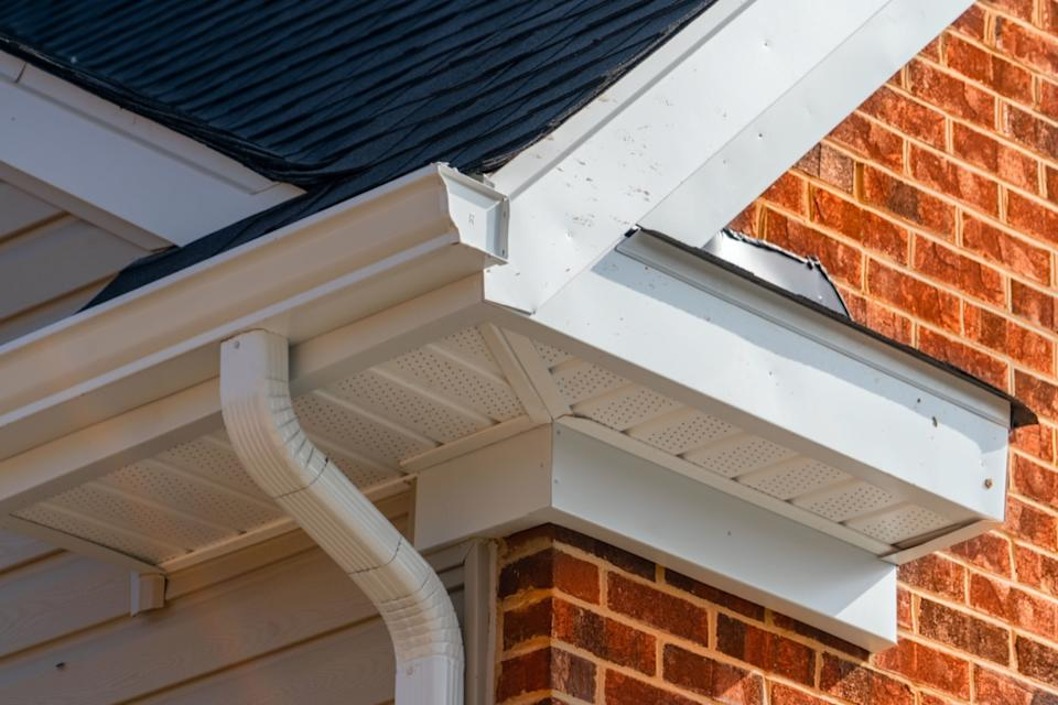 white gutter trim